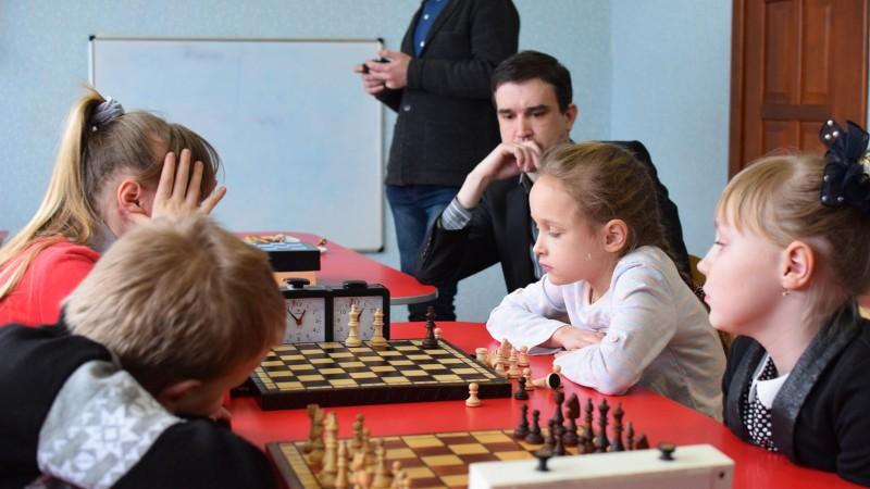 Шахи для дітей (з 4х до 14ти років)